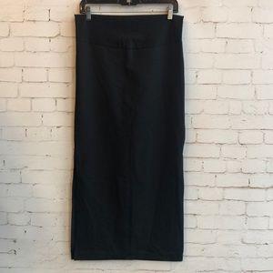 Ingrid&Isabel Skinny Skirt Black with Slit